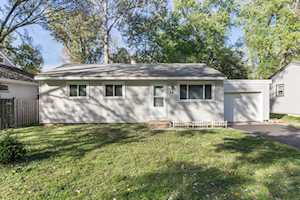 28 W Oak St Lake In The Hills, IL 60156