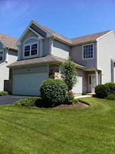 951 Mesa Dr Lake In The Hills, IL 60156