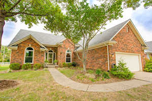 13403 Forest Springs Dr Louisville, KY 40245
