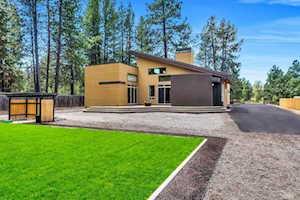 59664 Navajo Road Bend, OR 97702