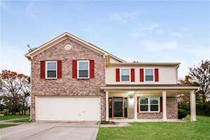 16 Pondview Court Brownsburg, IN 46112