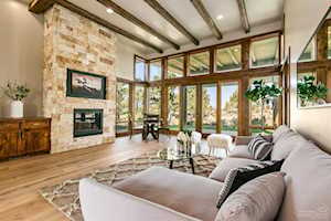 22956 Ghost Tree Bend, OR 97701