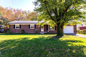 6520 Crossbrook Dr Pewee Valley, KY 40056