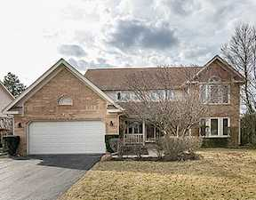 405 Newtown Dr Buffalo Grove, IL 60089
