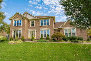 9511 Holiday Dr Louisville, KY 40272