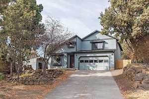 1708 Hollow Tree Lane Bend, OR 97701