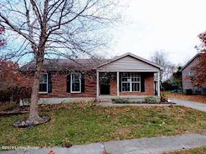 603 Oak Leaf Dr La Grange, KY 40031