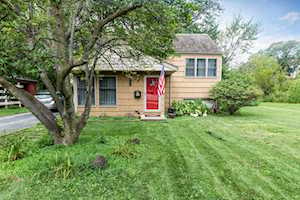 5704 Webster St Downers Grove, IL 60516