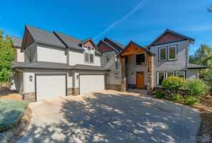 3422 Bryce Canyon Bend, OR 97703