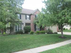 8302 Crystal Pointe Lane Indianapolis, IN 46236