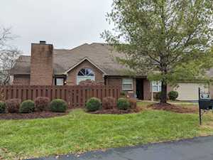 4005 Adelaide Ct Louisville, KY 40241