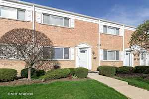 2008 Maple Ave #- Northbrook, IL 60062