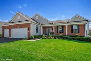 3637 Canton Circle Mundelein, IL 60060