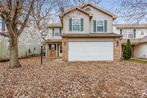 6010 Draycott Drive Indianapolis, IN 46236