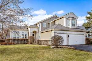2200 Apple Hill Ln Buffalo Grove, IL 60089