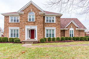 9811 Winged Foot Dr Louisville, KY 40223