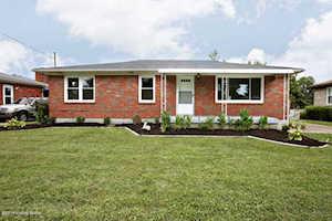 11412 Flowervale Ln Louisville, KY 40272