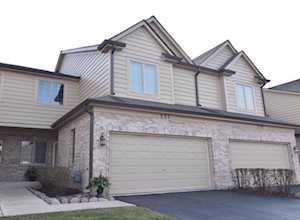 227 Winding Trails Dr Willow Springs, IL 60480