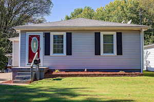 4816 Ranchland Dr Louisville, KY 40216