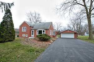 208 Louis Dr Willow Springs, IL 60480
