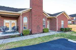 5019 Woodridge Lake Blvd Louisville, KY 40272