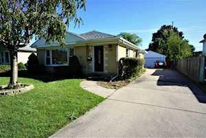 1031 Oakton St Park Ridge, IL 60068