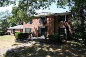 38 Harwood Rd Louisville, KY 40222