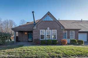 1704 Eastbridge Ct Louisville, KY 40223