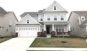 7818 Hedgehop Drive Zionsville, IN 46077