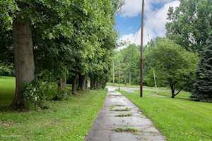 8800 Watterson Trail Louisville, KY 40299