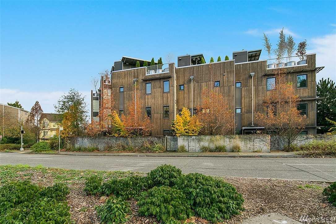 3655 Whitman Ave N Seattle, WA 98103 | MLS ® 1053789 Photo 1
