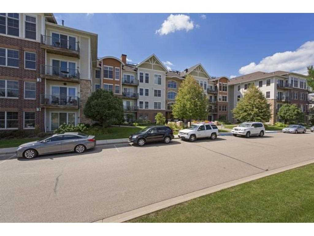Mls 4826013 Carver County Condo For Sale Chaska