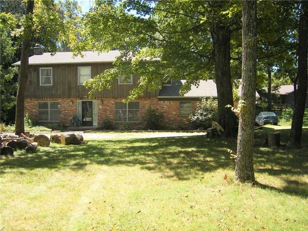 1895 Jeto Lake Drive Avon, IN 46123 | MLS 21487141 Photo 1