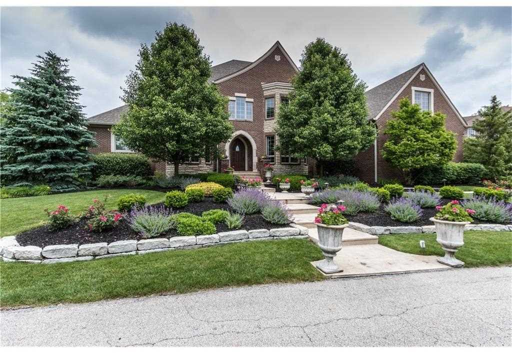 13879 Coldwater Drive Carmel, IN 46032 | MLS 21489058 Photo 1