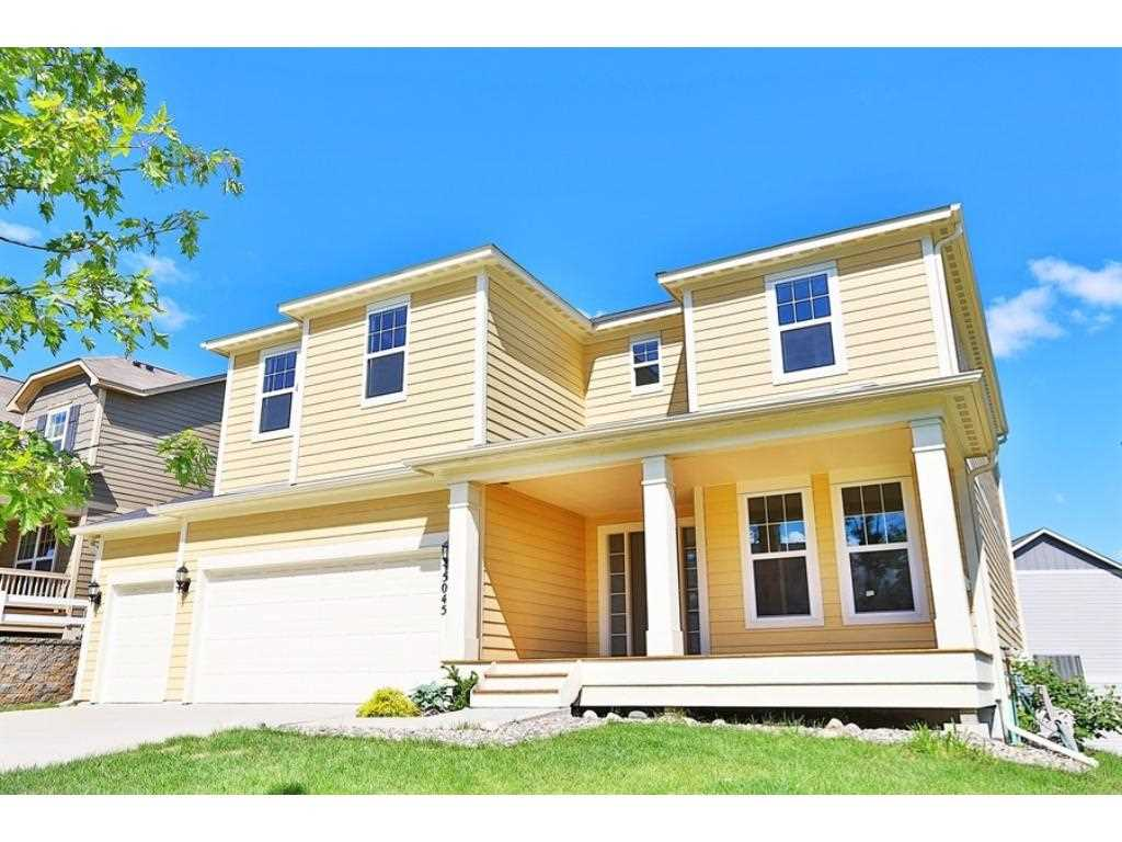 Plymouth hennepin county mls 4847629 5045 merrimac for Front door hennepin county