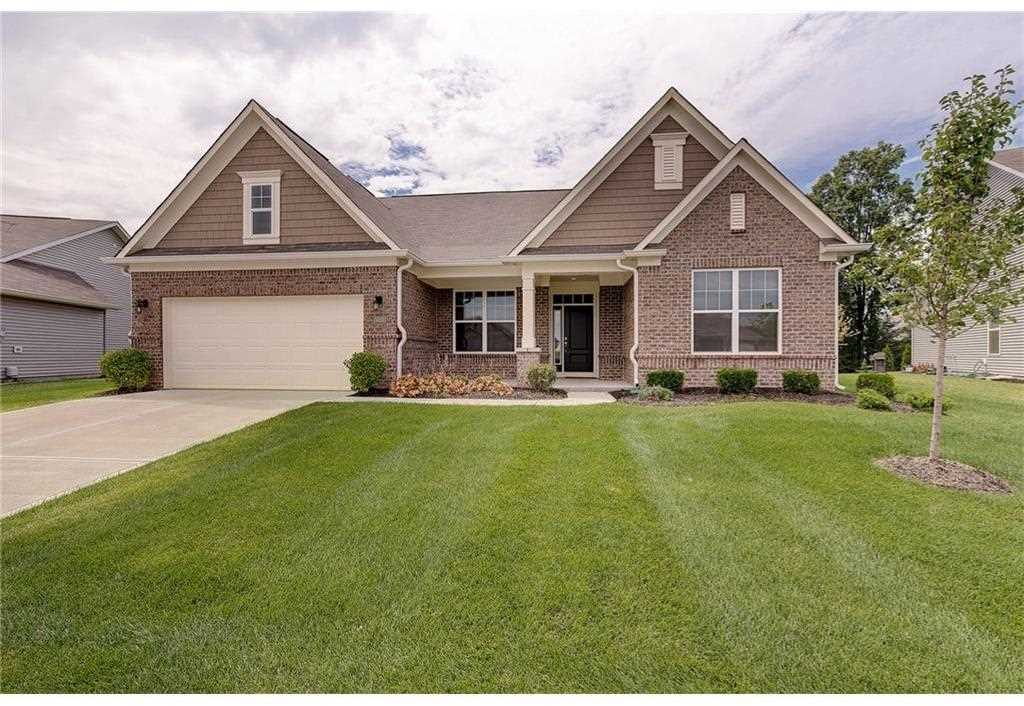 14026 Short Stone Place Mccordsville, IN 46055 | MLS 21477134 Photo 1