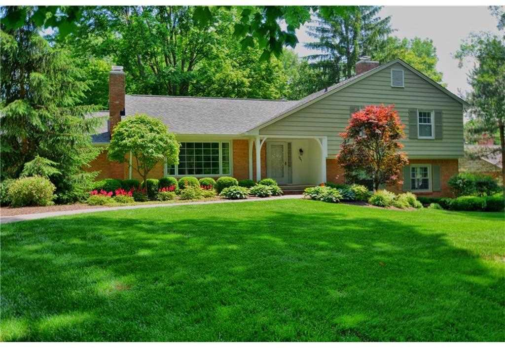 3945 Cranbrook Drive Indianapolis, IN 46240 | MLS 21497070 Photo 1