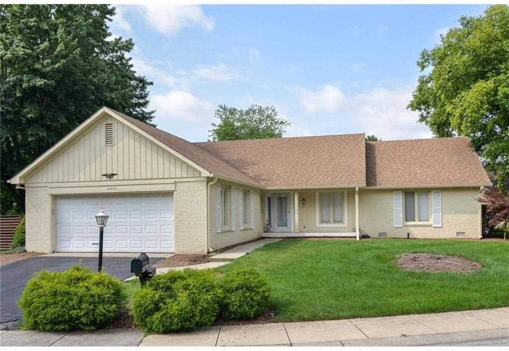 12345 Charing Cross Road Carmel, IN 46033 | MLS 21500189 Photo 1