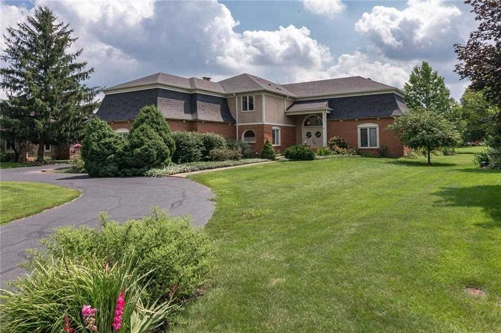 7443 Normandy Boulevard Indianapolis, IN 46278 | MLS 21501651 Photo 1