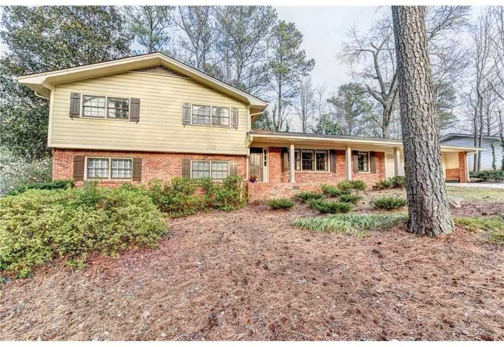 7275 Duncourtney Dr, Atlanta, GA 30328 - Premier Atlanta Real Estate Photo 1