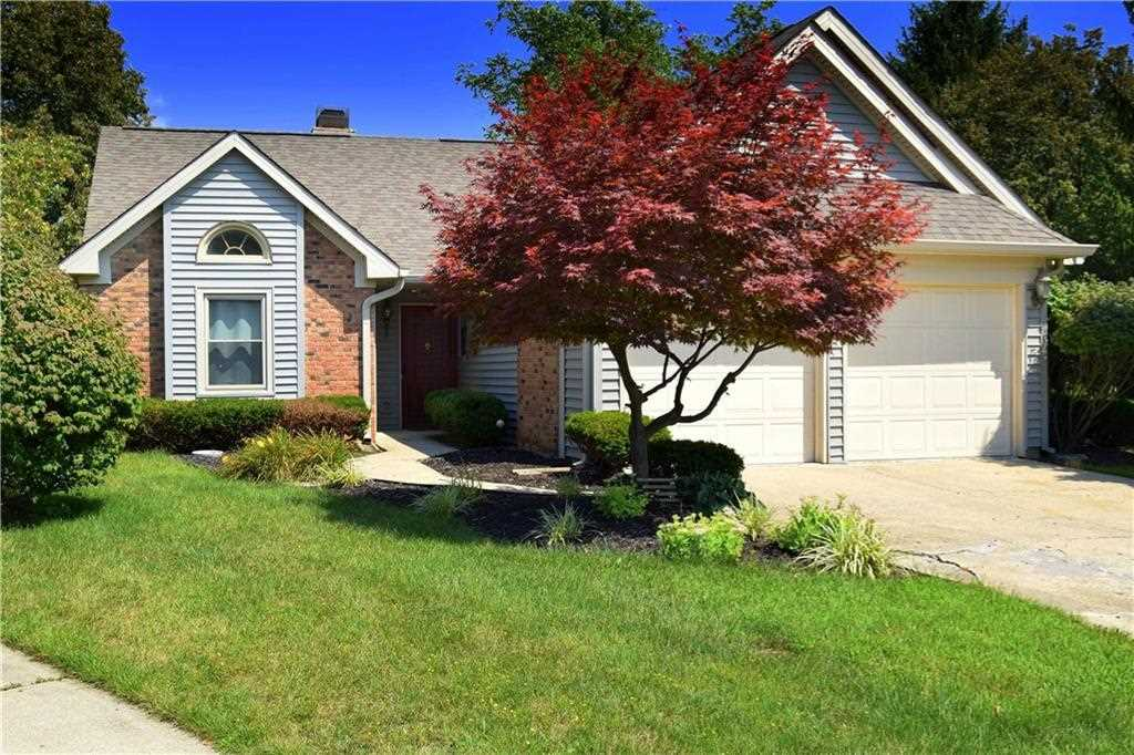 7842 Bosinney Circle Indianapolis, IN 46256 | MLS 21504342 Photo 1