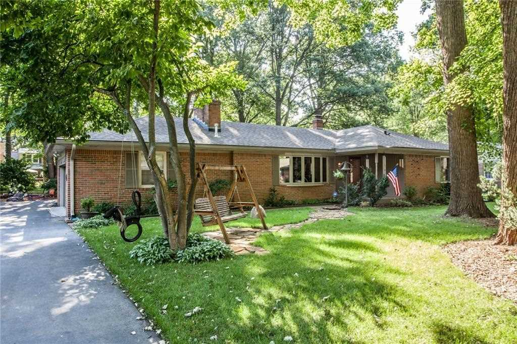 4335 Grayson Drive Indianapolis, IN 46228 | MLS 21504638 Photo 1