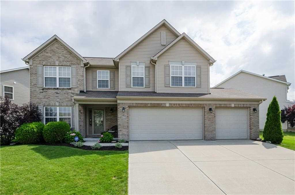 13695 Luxor Chase, Fishers, IN 46038 | MLS #21464881 Photo 1