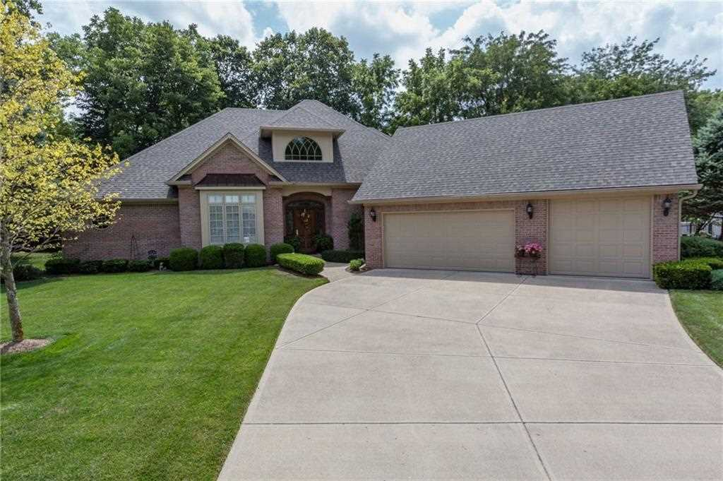 4211 sagewood court greenwood in 46143 mls 21506877 for Sage wood