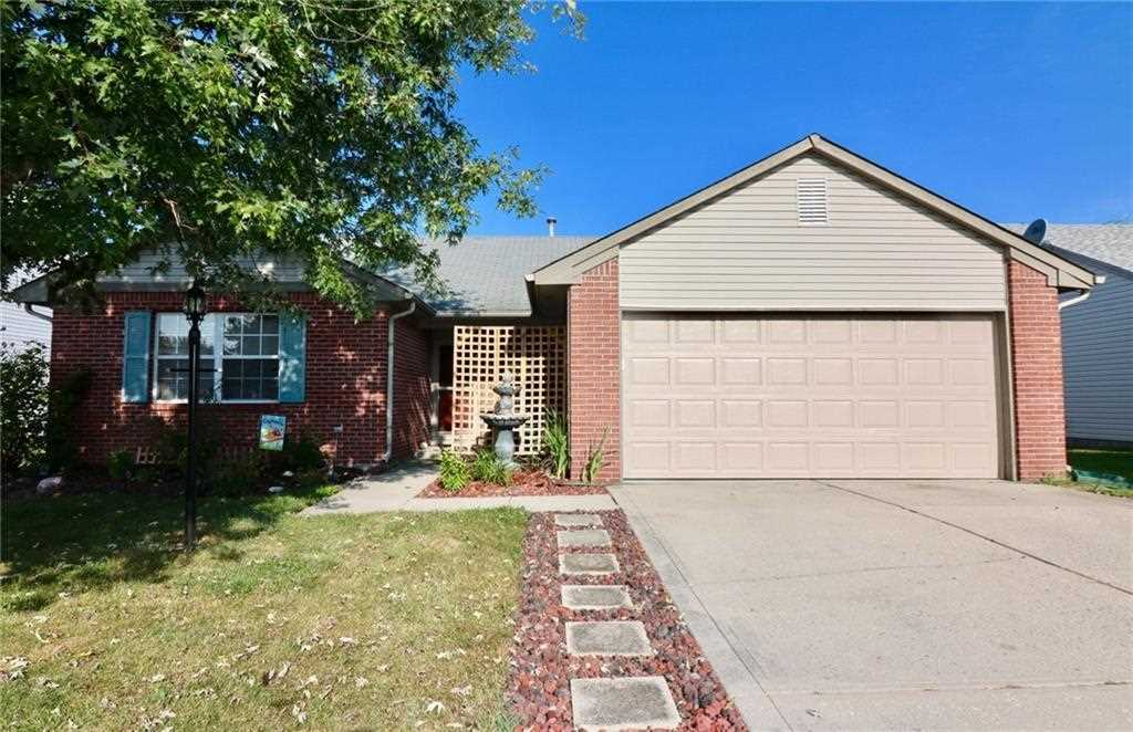 6644 Sparrowood Boulevard Indianapolis, IN 46236 | MLS 21509210 Photo 1