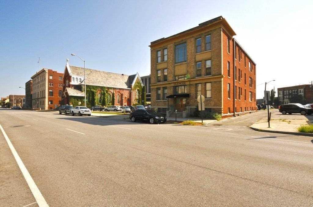627 N Pennsylvania Street #2/B Indianapolis, IN 46204 | MLS 21510426 Photo 1