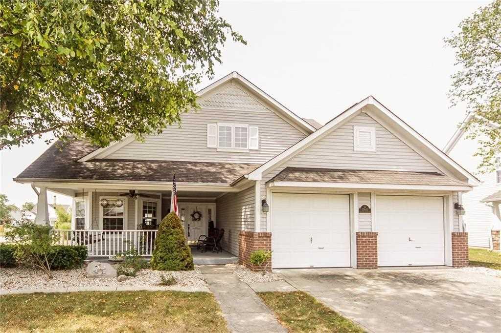 17843 Village Center Drive Noblesville, IN 46060 | MLS 21510700 Photo 1