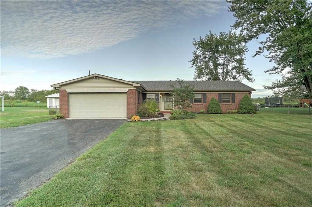 1641 S 600 W New Palestine, IN 46163 | MLS 21511058 Photo 1