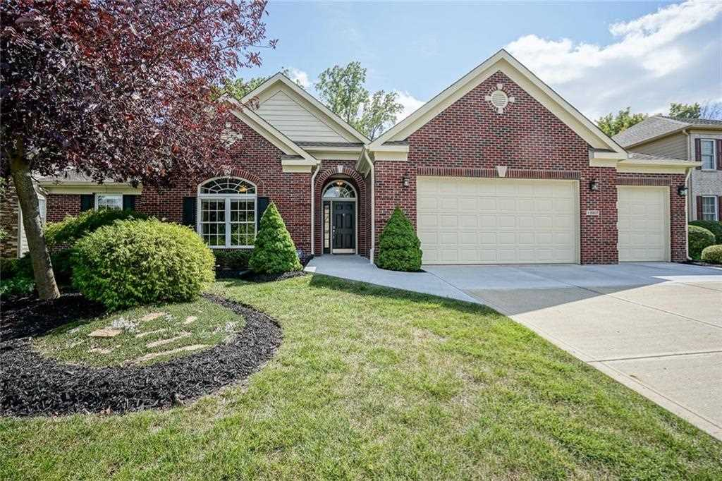 10837 Tallow Wood Lane Indianapolis, IN 46236 | MLS 21511199 Photo 1