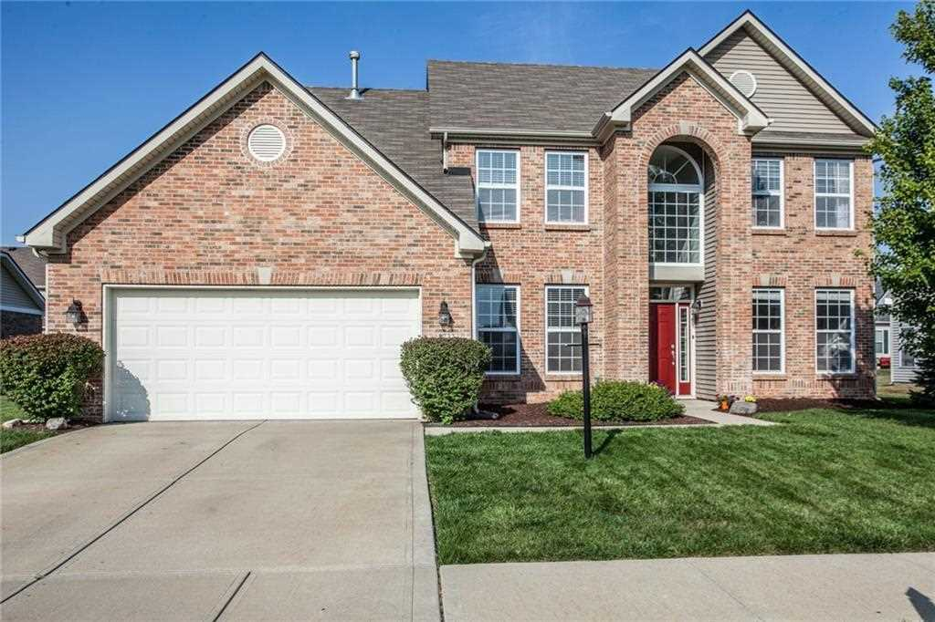 8732 N Autumnview Drive Mccordsville, IN 46055 | MLS 21506293 Photo 1
